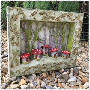 Online Workshop: Toadstool Village in a Frame
