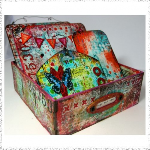 Ministry of Mixology Kate Crane Divided Box Kit April 17